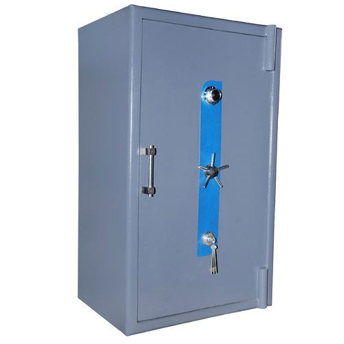 combination-lock-safe-500x500