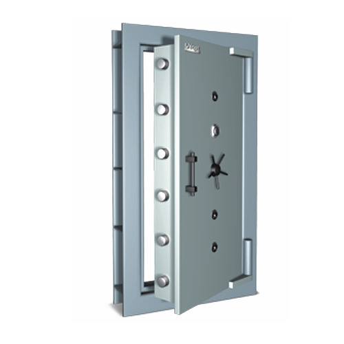 steel-fabricated-strong-room-door-500x500